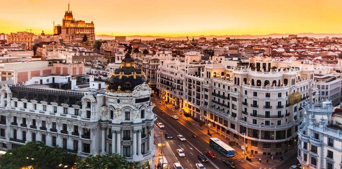 スペインの首都、マドリード ...