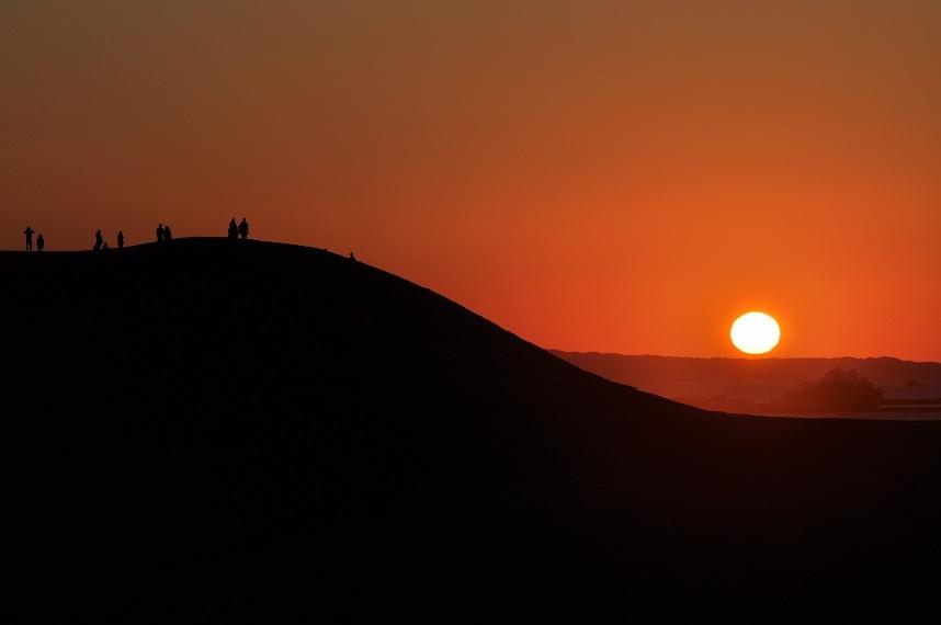 死ぬまでに一度は見るべき!「日本の夕陽百選」に選ばれた美しすぎる夕日9選 9枚目の画像